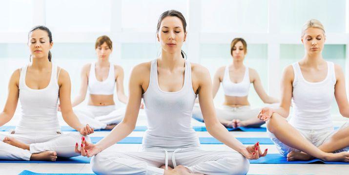 10 Amazing Health Benefits of Yoga