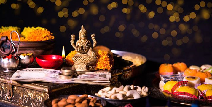 diwali-puja-at-shop-and-office